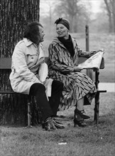 Glenda Jackson and her husband, art dealer Roy Hodges, Kensington Gardens, London, 1971. Artist: Unknown