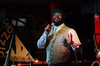 Gregory Porter, Pizza Express, Dean St, London, 2001. Artist: Brian O'Connor