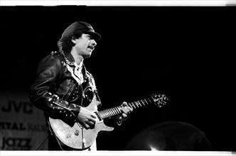 Carlos Santana, RFH London, 1988.  Artist: Brian O'Connor.