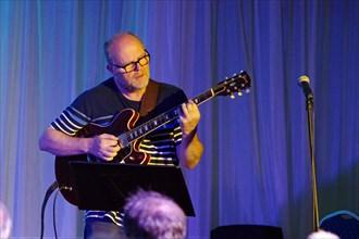Mike Walker, Watermill Jazz Club, Dorking, Surrey, 2nd August 2016. Artist: Brian O'Connor.