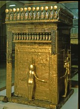 Treasure of Tutankhamun, canopic reliquary with four goddesses protecting the content.