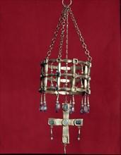 Treasury of Guarrazar (Toledo), votive crown found in 1853.