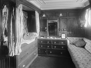The owner's cabin on steam yacht 'Venetia', 1920. Creator: Kirk & Sons of Cowes.