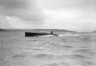 The hydroplane 'Brunhilde' under way. Creator: Kirk & Sons of Cowes.
