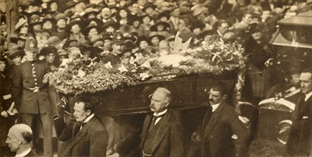 Funeral of Marie Lloyd, Hampstead, London, 12 October 1922, (1933).  Creator: Unknown.