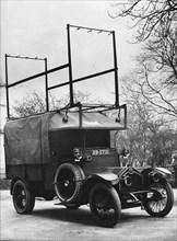 1918 Crossley 25-30hp Met Police van, used by Flying Squad. Creator: Unknown.