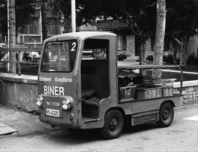 Harbilt 760 electric van. Creator: Unknown.