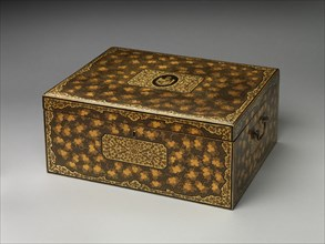 Tea chest with crest of Alexander Hamilton, late 18th century. Creator: Unknown.