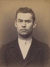 Cros. Jean. 19 ans, né à Négrin (Tarn). Tailleur d'habits. Pas de motif. 8/3/94., 1894.