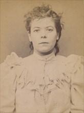 Cazal. Antoinette. 28 ans, née à Salgouz (Cantal). Couturière. Anarchiste. 28/2/94., 1894.