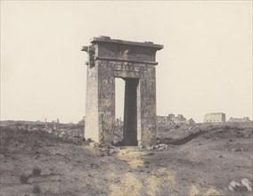 Karnak (Thèbes), Grande Porte du Nord Vue du Point X, 1851-52, printed 1853-54.