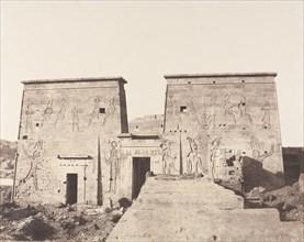 Ile de Fileh (Philæ), Premier Pylône - Vue Prise de la Plate-Forme de la Colonnade Orientale en P, 1851-52, printed 1853-54.