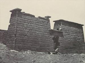 Nubie. Hémi-Spéos de Sébour. Pylônes, 1850.