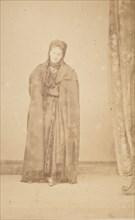 [La Comtesse in Cape with Fringe; Serie à la Ristori], 1860s.