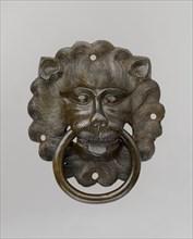 Lion mask door pull