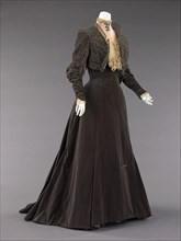 Afternoon dress, French, 1889.