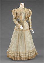 Afternoon dress, French, ca. 1900.