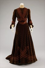 Afternoon dress, French, ca. 1903.