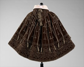 """Evening cape, French, 1895. Style chosen as cover of """"Harper's Bazaar"""" for the April 13, 1895"""