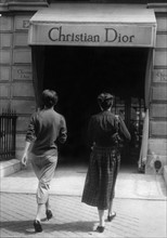 Boutique Christian Dior avenue Montaigne à Paris