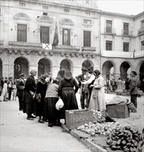 La place centrale d'Avila pendant la Guerre d'Espagne