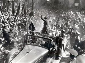Manifestations républicaines à Barcelone, après les élections du 16 février 1936