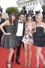 Manu Payet avec Géraldine Nakache, Leila Bekhti et Audrey Lamy