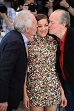 Marion Cotillard entre les frères Dardenne, Festival de Cannes 2014