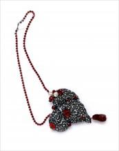 Objet de la collection personnelle d'Yves Saint-Laurent : coeur fétiche