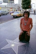 Michel Sardou sur Hollywood Boulevard devant l'étoile du King, Los Angeles