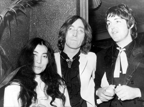 Yoko Ono, John Lennon et Paul McCartney