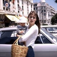 Jane Birkin et sa fille Charlotte, 1972