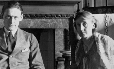 VIRGINIA WOOLF with T.S.Eliot about 1934