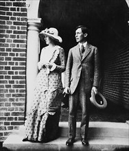 VIRGINIA WOOLF and future husband Leonard Woolf in an engagement photo in 1912