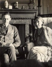 Vintage snapshot of T. S. Eliot and Virginia Woolf . June 1924 143 Eliot and Woolf by Morrell cropped