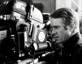"""(Archival Classic Cinema - Steve McQueen Retrospective) Steve McQueen  """"Bullitt"""" 1968 Warner   File Reference # 31386_900THA"""