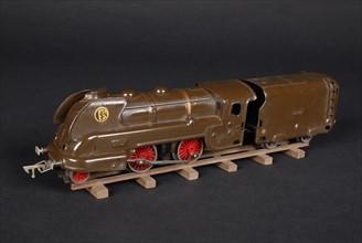 Jouet : locomotive type 120