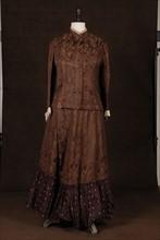 Costume de théâtre : robe 1900 marron