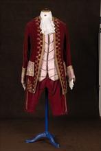 Costume de théâtre : costume d'homme style Louis XV