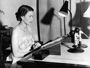 La reine Elisabeth II lors de son allocution du 25 décembre 1953