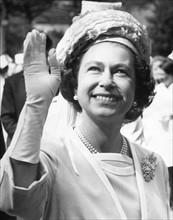 La reine Elisabeth II en visite officielle à Coventry
