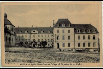 Autun. Eglise notre Dame et collège où Napoléon fit ses études.