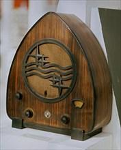 Poste de radio Philips 1935