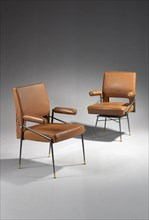 2 fauteuils de Jules Leleu