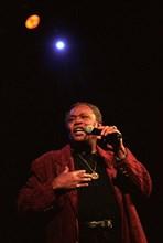 00/11/1998. AXELLE RED EN CONCERT W/STARS DE LA SOUL AU PALAIS DES CONGRES