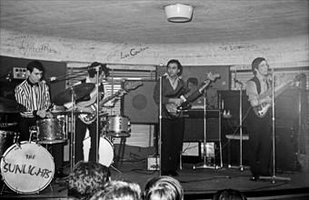 Les Sunlights, 1964
