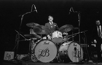Louie Bellson, 1977