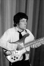 Pete Quaife, 1964