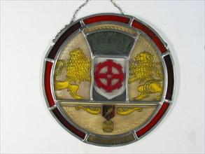 Vitrail pendentif circulaire aux armes de la Ville de Mulhouse