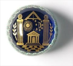 Sulfure à décors « millefiori » et symboles maçonnique, vers 1990.